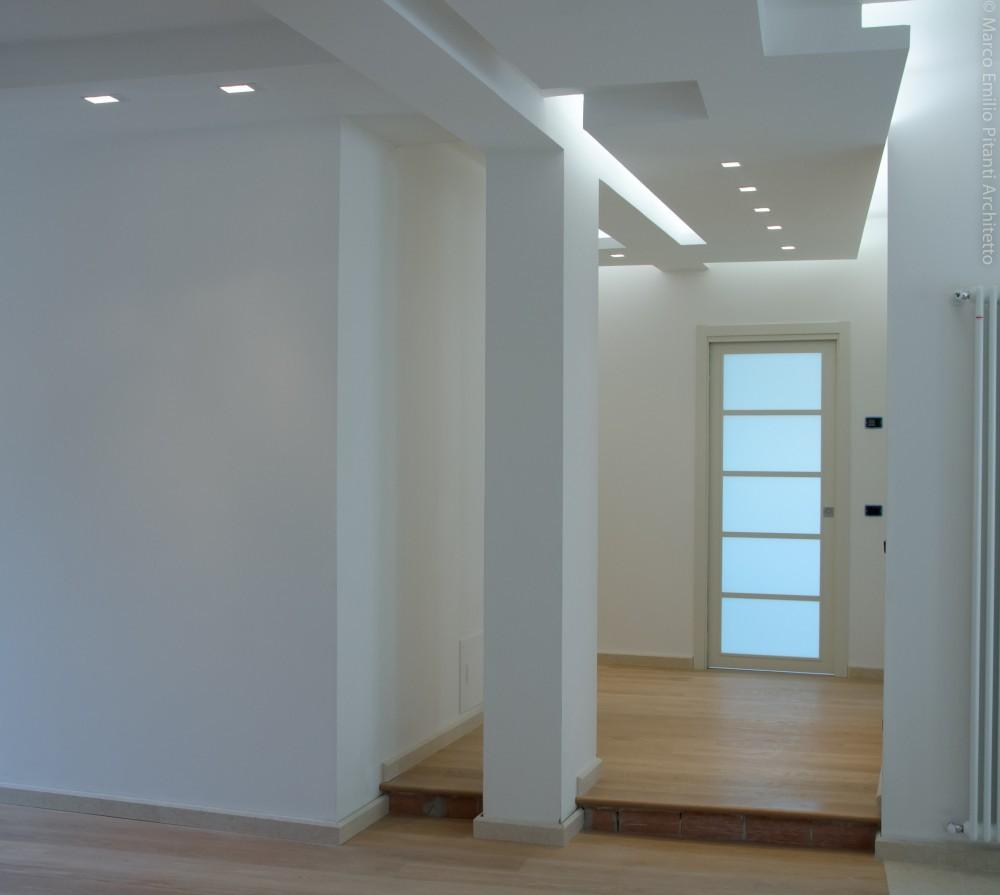 Ristrutturazione d 39 interni appartamento up architettura for Architettura arredamento d interni