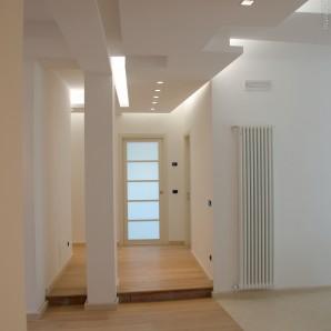 Ristrutturazione d 39 interni appartamento up architettura - Ristrutturazione interni ...